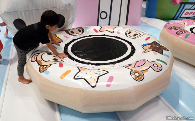 Bouncy donuts