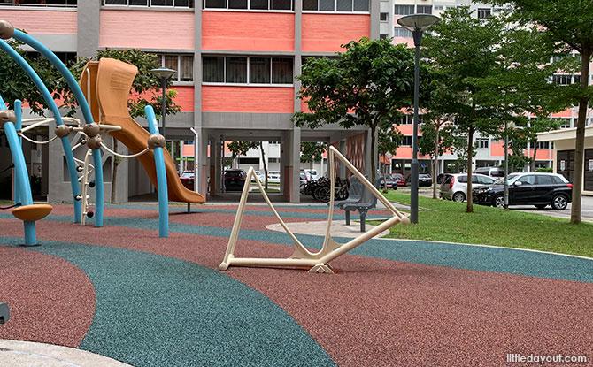 Block 226, Simei Street 4 Playground - Standing Seesaw