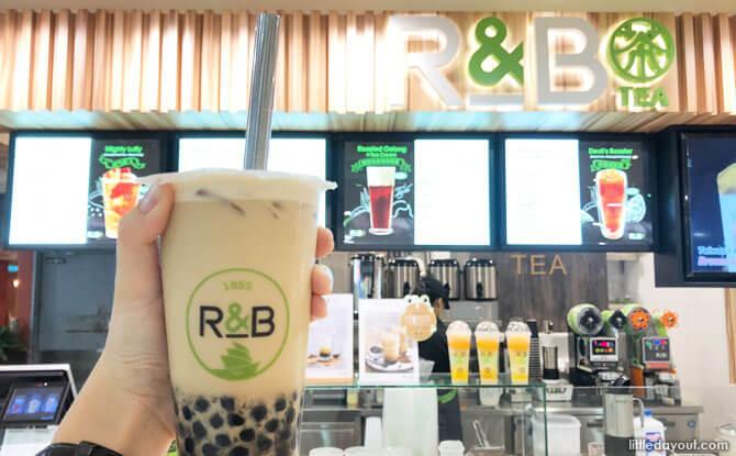Milk Tea with Brown Sugar Peals at R&B Tea