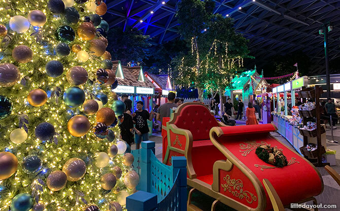 Festive Market at Sparkling Wonders Of Christmas At Jewel