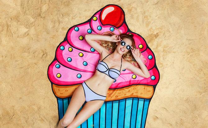 Giant Cupcake Beach Blanket