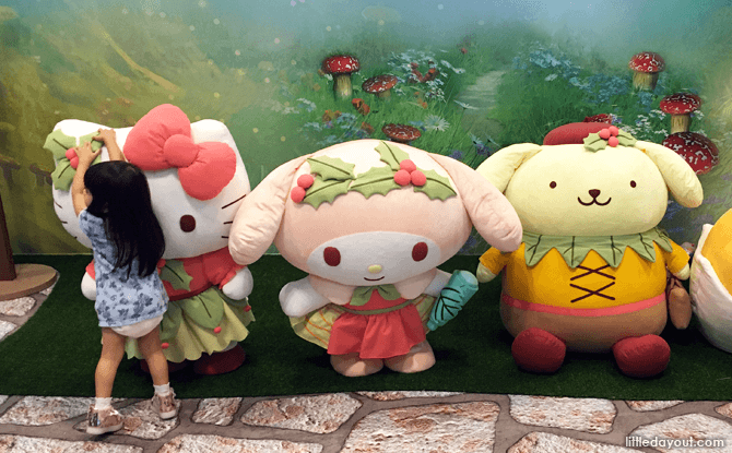 Meet Hello Kitty and Friends at Changi Airport during the November / December holidays 2017
