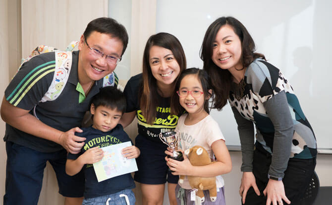 The Ang family, our Urban Treasure Hunt champion, with Huai from Hua Language Centre at our mini prize-giving ceremony.