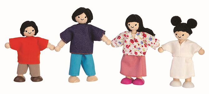 Thailand – PlanToys Doll Family: Asian