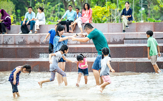 Families at Clusia Cove's Tidal Pool