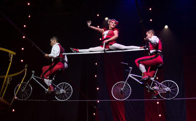 Tightrope act at Circus 1903 Singapore