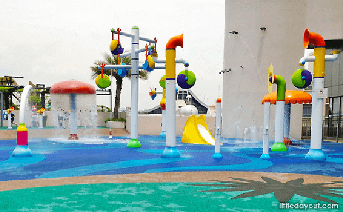 I12 Katong Water Playground