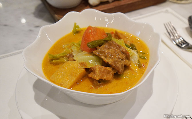Violet Oon food