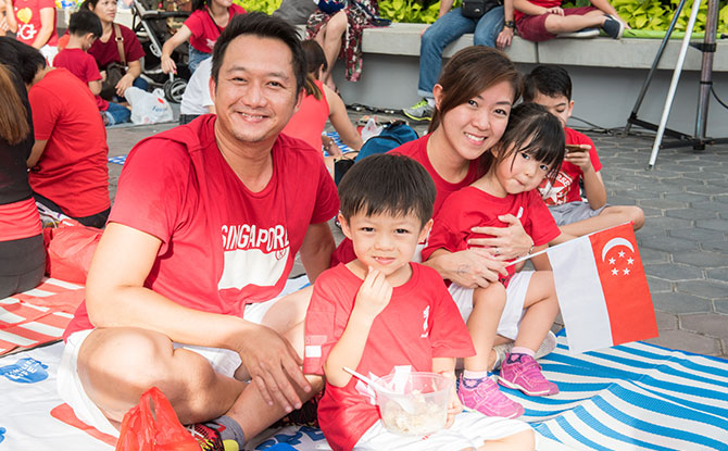 e-Live-NDP-Telecast-+-Family-Picnic-by-the-Waterfront