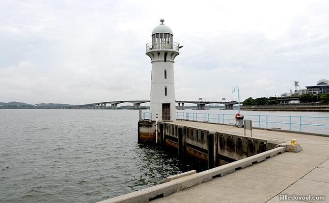 Waterfront Dining Spots in Singapore: Marina Bistro, Raffles Marina