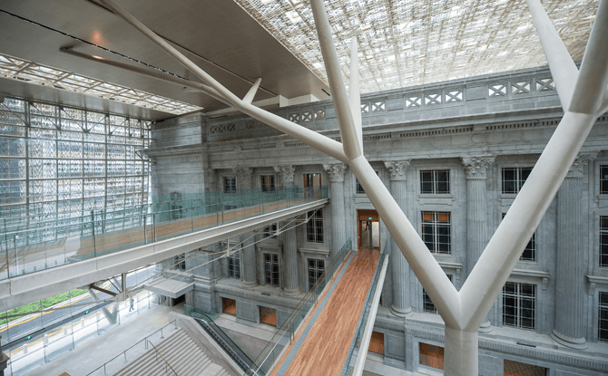 Padang Atrium and link bridges connecting the City Hall Wing and Supreme Court Wing of National Gallery Singapore