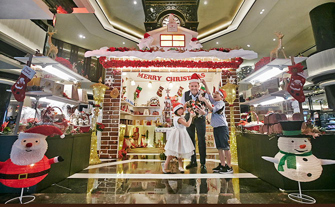 Otter-Themed Family Staycation at Orchard Hotel