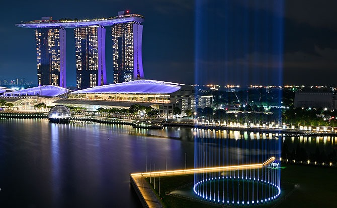 When to Watch the Marina Bay Light Display
