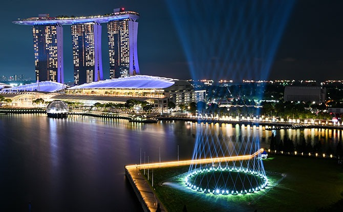 Shine a Light at Marina Bay, Part of the Countdown to 2021