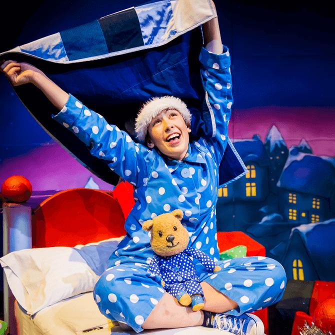 Children's Show in December 2017 - Santa's Little Helper