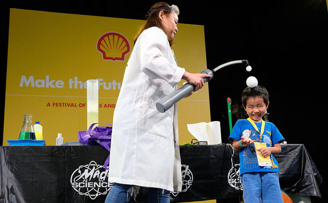 Stage Shows at Shell Make the Future Singapore 2018