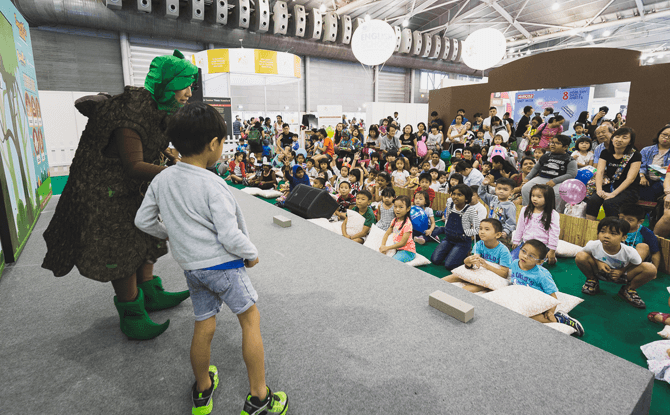 Enjoy interactive stage activities and performances at SmartKids Asia 2018