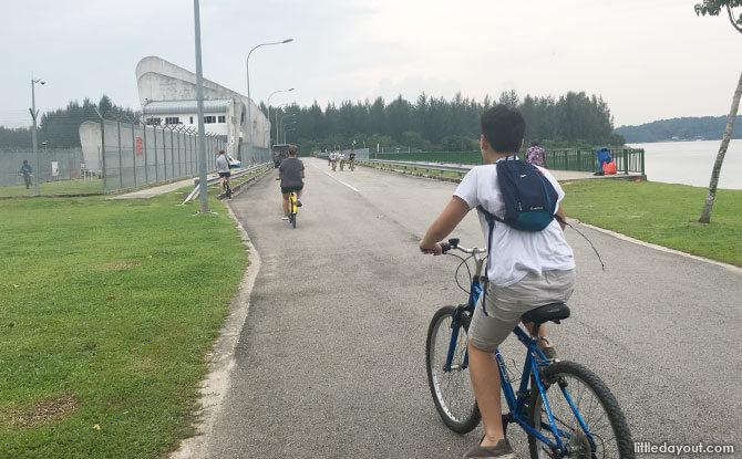 Cycling across the dam