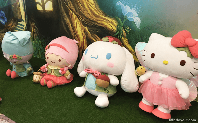 Changi Airport Hello Kitty and Friends During Year-end 2017