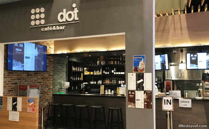 Dot Café & Bar