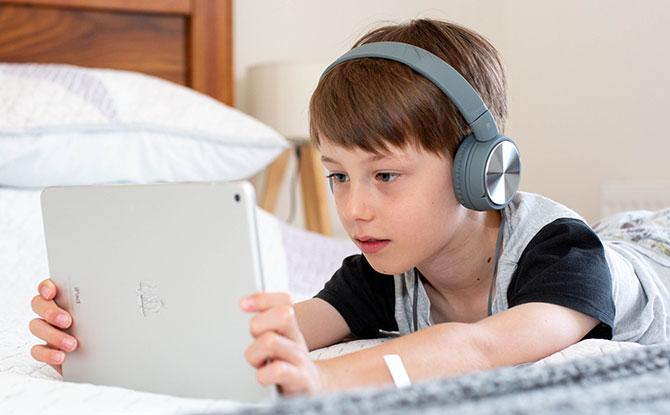 Bite-Sized Parenting: Talking To Digital Natives About Online Harms