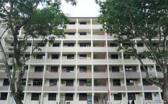 Stirling Road is where you can find the first HDB flats in Singapore.