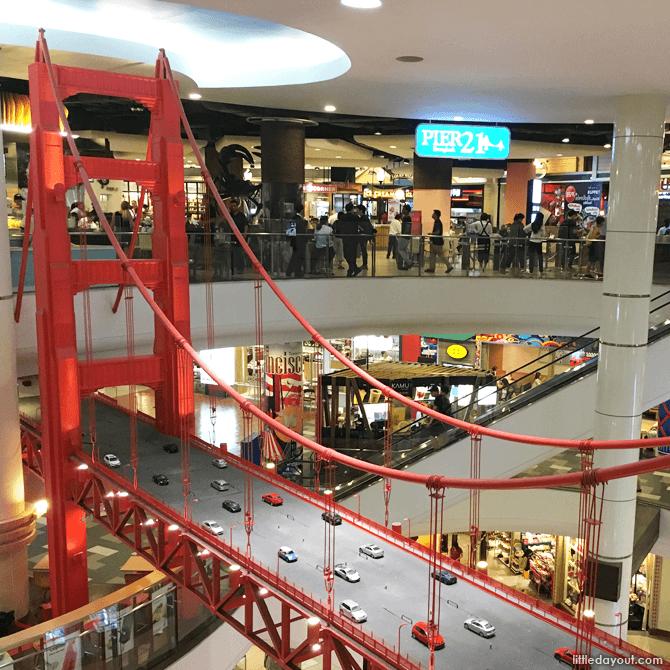 Golden Gate Bridge model at Terminal 21