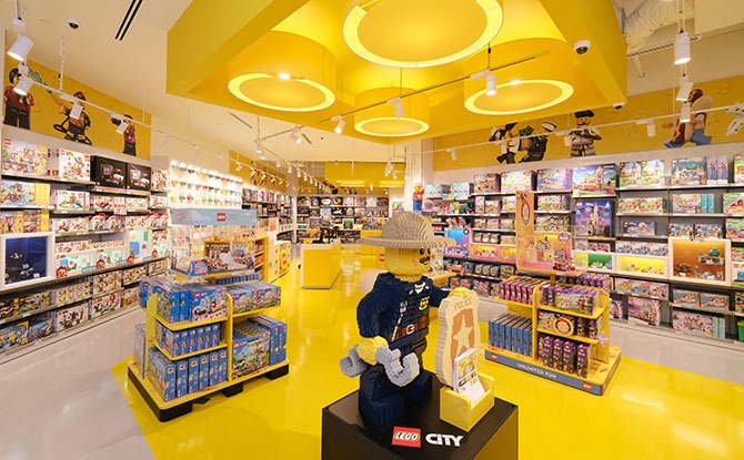 5 Things To See At The New LEGO Store at Suntec City