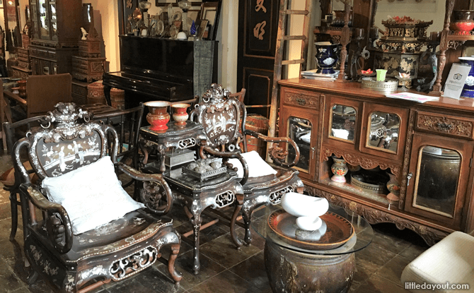 Inside The Intan