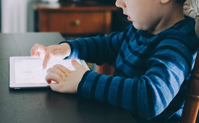Bite-sized Parenting: Four Tips On How To Connect With Our Kids In The Age Of Digital Disconnection