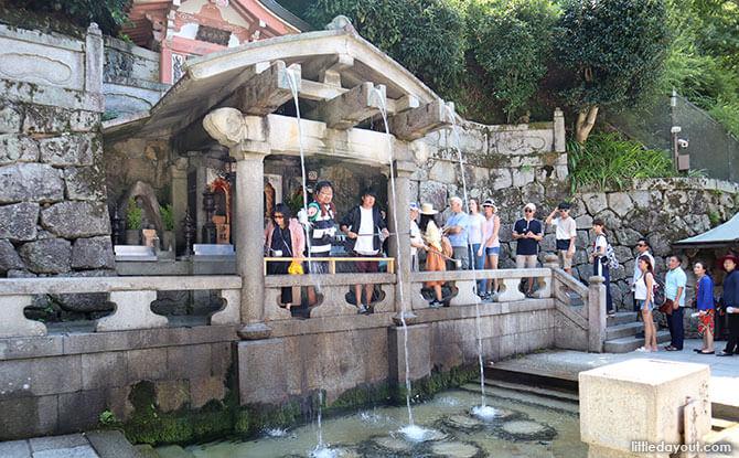 Kiyomizudera Temple streams