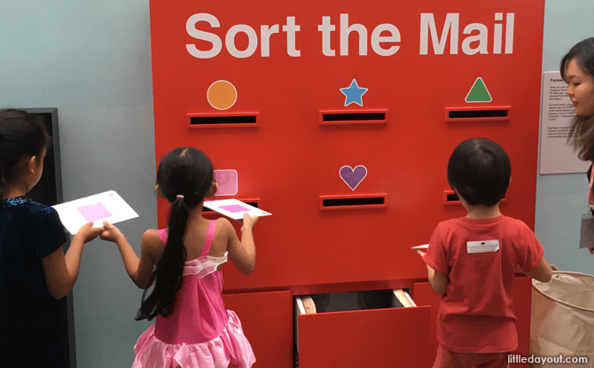 Mail sorting at Children's Season 2017 at National Museum