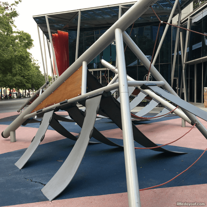 Marina Bay Play Area, Next to Red Dot Design Museum