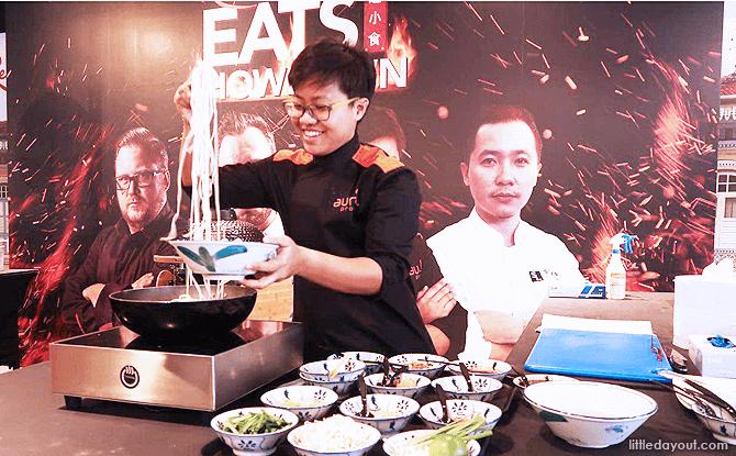 Executive Chef Pongmorn making Pad Thai