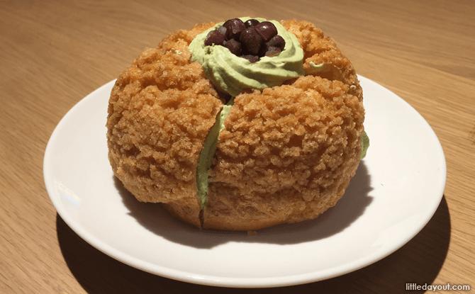 Streusel Choux Puff with Matcha Cream