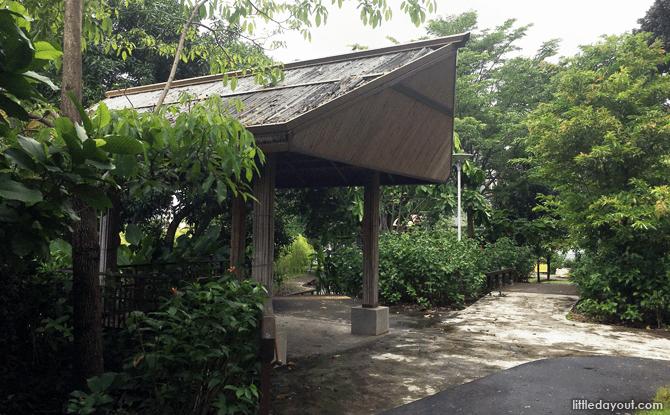 Rest Huts, Rumah Tinggi Eco Park