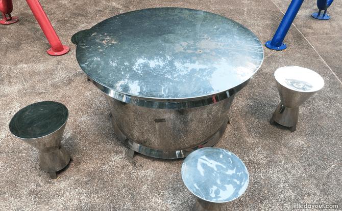 Communal drum table