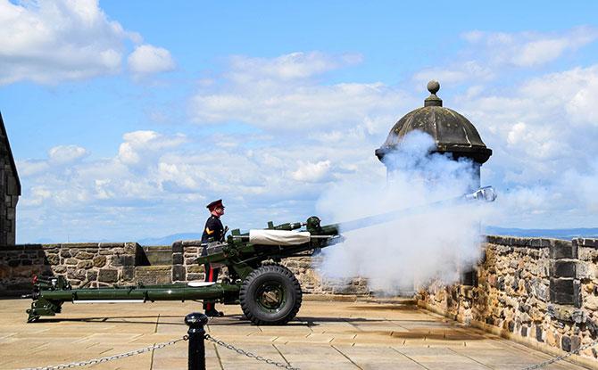 One o'clock gun at Edinburgh Castle