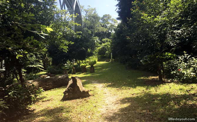Sentosa's Siloso Trail - Walks in Singapore