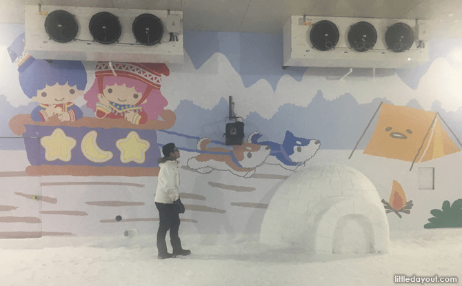 Fun Snow House at Changi Airport during the June Holidays 2017