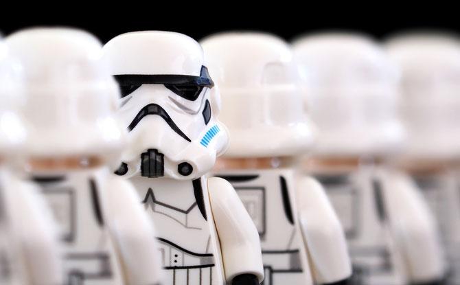 e-stormtrooper-2899982_1920