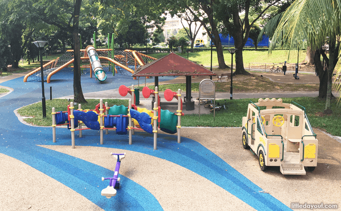 Play area for toddlers at Bukit Batok West Avenue 8
