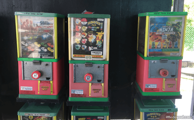 Mainland Tropical Fish Farm also has some toy vending machines