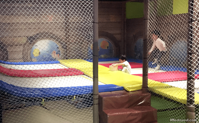 Bouncy zone, Pirate Land