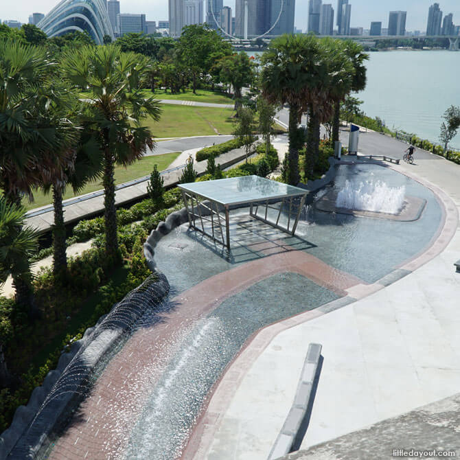 Water playground in the city at Marina Barrage