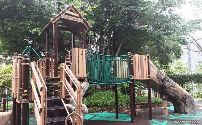 Rumah Tinggi Eco Park Playground
