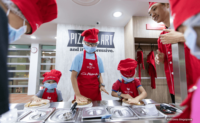 Making Pizza - KidZania Singapore Closing