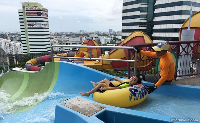 Pororo Aquapark Bangkok: Rooftop Thrills and Spills