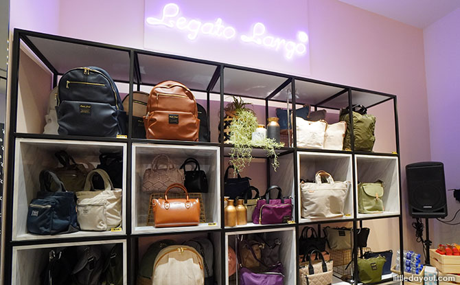 anello Opens First Official Singapore Store At Jewel Changi Airport