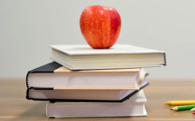 e01-books